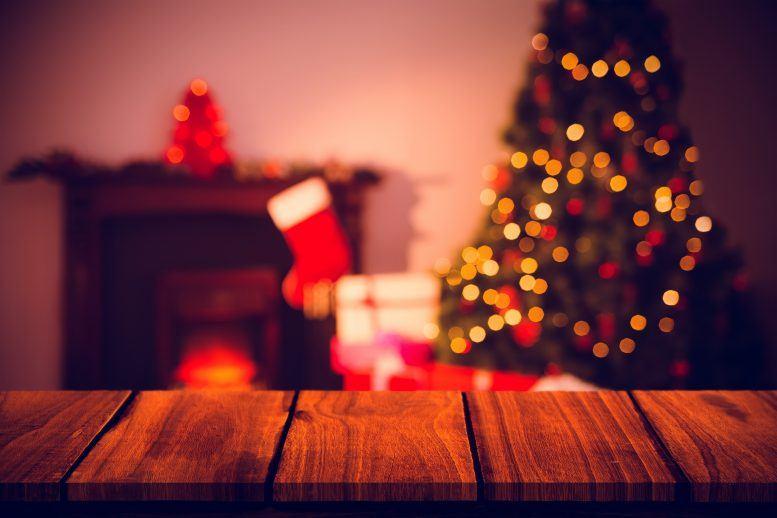 christmas-tree-stockings